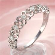 K10WGダイヤモンドフラワーリング